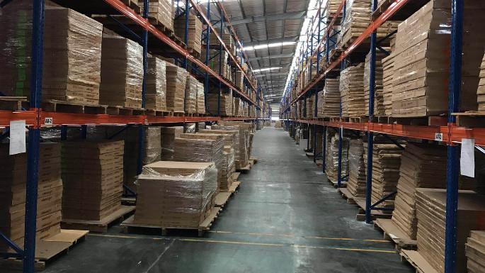东台不锈钢制品厂横梁式货架案例